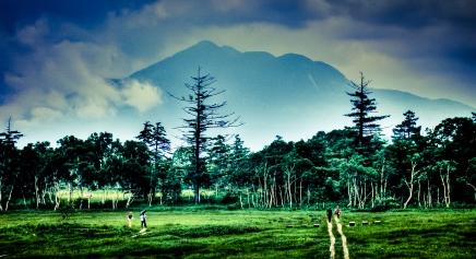 Looking towards Hiuchi-ga-take at the far end of Oze