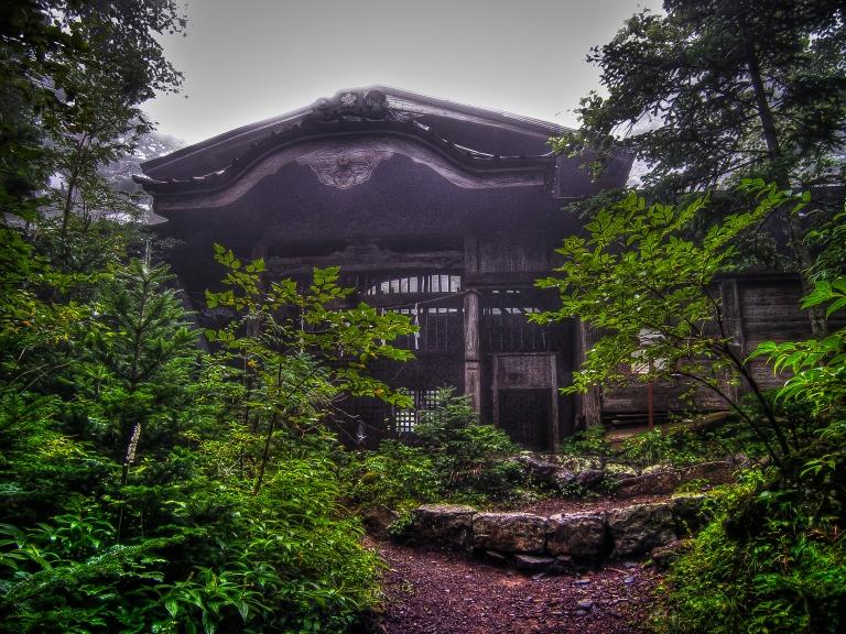 shrine on fuji