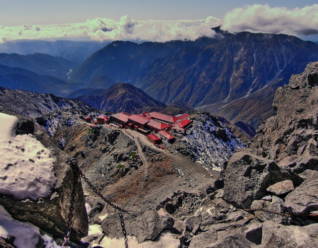 Yari Hut and a cloud capped Kasa-ga-take